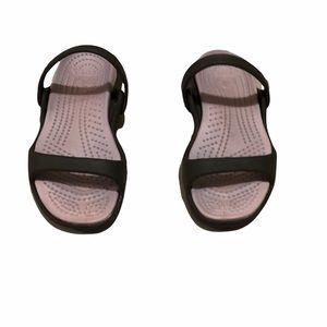 Crocs Pink & Brown Cleo Sandals